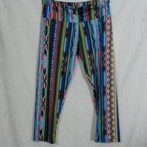Onzie geometrical patten 3/4 leggings size m/l